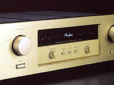 Accuphase E-210
