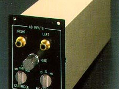 Accuphase AD-275