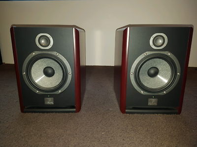 used focal solo 6 be active studio monitors for sale. Black Bedroom Furniture Sets. Home Design Ideas